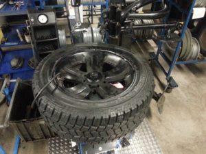 alinear direccion y equilibrar ruedas neumaticos
